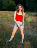 领域的快乐的女孩 免版税库存照片
