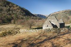 领港教会废墟在Glendalough 库存图片