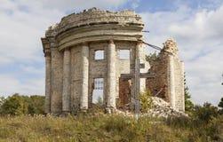 领港教会的废墟第五座山的 Volosovsky区 冬天 俄国 库存图片