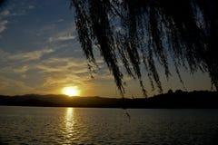 颐和园的闪耀的日落焕发 免版税图库摄影