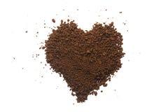 颗粒状咖啡心脏形状 库存图片