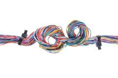 颜色与电缆扎匝的计算机缆绳 免版税库存图片