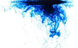 颜色在水中 免版税库存照片