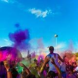 颜色奔跑人群 库存图片