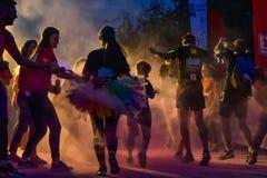 颜色奔跑夜布加勒斯特 免版税图库摄影