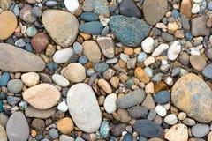 颜色小卵石 库存图片