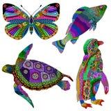 颜色手拉的动物的汇集在zentangle的传统化了 库存图片