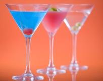 颜色玻璃马蒂尼鸡尾酒 库存图片