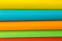 颜色纸,抽象背景五颜六色的板料  库存照片
