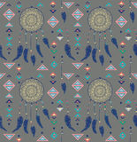 颜色美洲印第安人dreamcatcher的样式 免版税库存图片