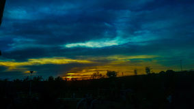 颜色自然beauti太阳集合云彩 图库摄影