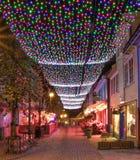 颜色街道在nigth的斯塔万格 免版税图库摄影