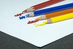 颜色铅笔,颜色铅笔刮脸 免版税库存照片