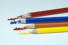 颜色铅笔,颜色铅笔刮脸 库存图片