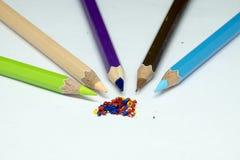 颜色铅笔,颜色铅笔刮脸 免版税库存图片