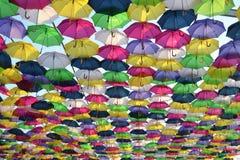 颜色飞溅在天空的 库存图片