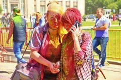 颜色Holi节日在图拉,俄罗斯 库存照片