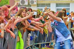 颜色Holi节日在图拉,俄罗斯 库存图片