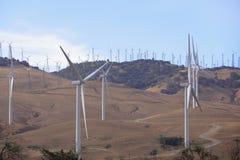 风力场在沙漠 免版税库存照片