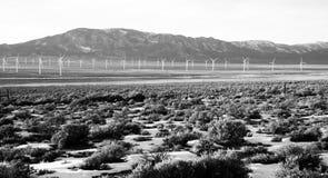 风力场绿色可再造能源发电器伟大的水池内华达 免版税库存照片