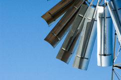 风力泵翻板 免版税库存图片