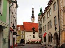 风向城镇厅塔的老托马斯 免版税库存图片