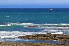风吹的海 库存图片