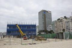 风大浪急的海面在里约影响两奥林匹克工作 免版税库存图片