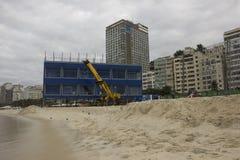 风大浪急的海面在里约影响两奥林匹克工作 库存图片