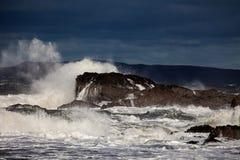 风大浪急的海面 免版税库存图片