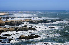 风大浪急的海面 库存照片