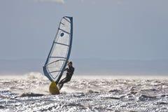 风帆冲浪的高速 免版税库存图片
