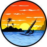 风帆冲浪者在海风景的背景中 免版税库存图片