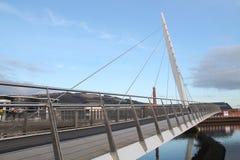 风帆桥梁斯旺西威尔士 免版税库存照片