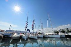 风帆游艇线在显示的在新加坡游艇展示2013年 免版税库存图片