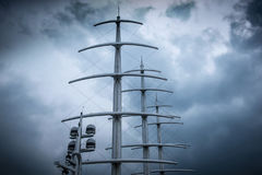 风帆现代游艇帆柱  库存图片