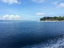 风平浪静在宿务菲律宾 免版税库存照片