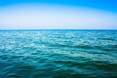 风平浪静海洋 免版税图库摄影