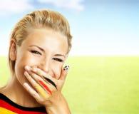 风扇橄榄球纵向微笑 免版税库存图片