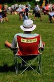 风扇橄榄球赛注意 图库摄影