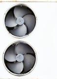风扇老冰箱 库存图片