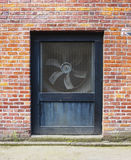 风扇透气墙壁 免版税库存图片
