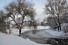风景与冬天river_2 库存图片