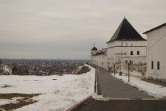 风景和建筑学在Tobolsk克里姆林宫里面 库存照片
