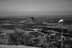 风景和滑翔伞 库存照片