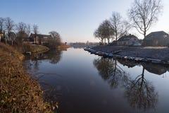 水风景在秋天 免版税库存图片