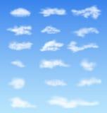 风景大气蓬松白色覆盖蓝天 免版税图库摄影