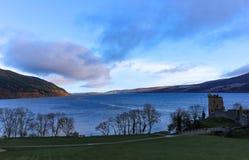 风景尼斯湖和Urquahart的城堡 库存图片