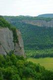 风景山天空森林 库存图片