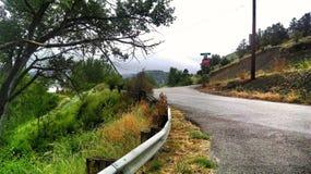 风景山的路 免版税库存照片